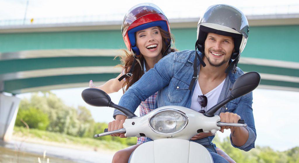 Je hebt een scooterrijbewijs nodig!